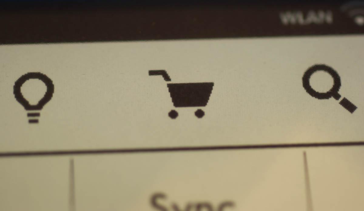 Grobkörnig: Makroaufnahme vom Warenkorb-Icon
